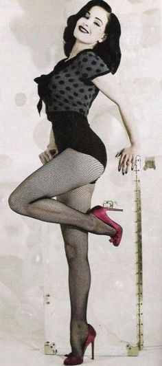 Dita everywhere but this is a cool photo n pose, if that makes sense. She's good.