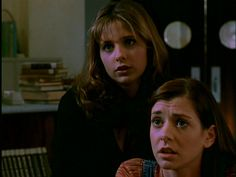 Buffy Summers and Willow Rosenberg Buffy The Vampire Slayer Season 1 Episode 2 The Harvest
