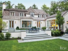 Home tour- A modern, eclectic chic Chicago home!-Home tour- A modern, eclectic chic Chicago home! This beautiful Chicago's North Shore home is designed by Shelley Johnstone Paschke for her client and family. The client wanted the interio… - Exterior Siding, Exterior Design, Cedar Siding, Cedar Roof, Wood Shingles, Outdoor Rooms, Outdoor Living, Architecture Design, Landscape Architecture