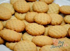 Nejlepší recepty na sušenky – suroviny a varianty | NejRecept.cz Christmas Candy, Christmas Cookies, Turkish Kitchen, Cooking Cookies, Amazing Cakes, Biscuits, Recipies, Nutella, Food And Drink