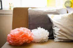 Paperikukat / Paper flowers / tissue paper DIY / Birthday decorations / Interior Diy Birthday, Tissue Paper, Birthday Decorations, Paper Flowers, Friday, Throw Pillows, Lifestyle, Interior, Cushions