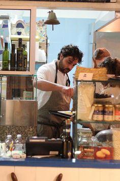 """""""Viaggi a tavola"""" da StoriediPane: 3 cene, 3 chef, 3 territori. Si parte il 10 novembre con Davide Mea"""