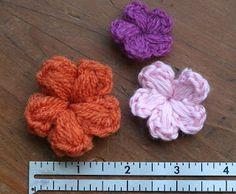 bethsco blog: Crocheted Puff Flower