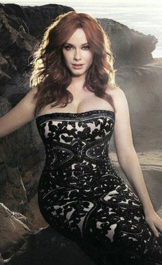 Christina Hendricks by Kurt Iswarienko - BlackBook Magazine, March 2012 Christina Hendricks, Beautiful Christina, Bobe, Hottest Redheads, How To Pose, Girl Crushes, Red Hair, Sexy Women, Sexiest Women
