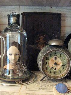 Kinda creepy-steampunk, no?