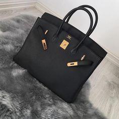 Pretty Black HERMÈS Birkin Bag