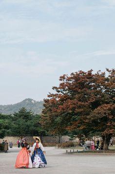 Hanboks near Gyeongbokgung Palace, Seoul, Korea
