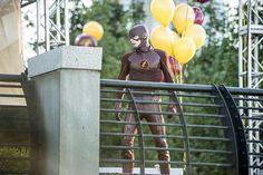 Sinopse do 1º episódio da 2ª temporada de Flash: Barry trabalhará sozinho? - Minha Série