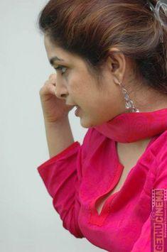 All Indian Actress, Indian Actress Gallery, Most Beautiful Indian Actress, Indian Actresses, Ramya Krishnan, Samantha Images, Amrita Rao, Casual Saree, Indian Beauty Saree