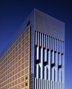 Land Office|Taipei, Taiwan|Shin Takamatsu Architect & Associates Co,. Architecture Office, Futuristic Architecture, Contemporary Architecture, Architecture Details, Interesting Buildings, Amazing Buildings, Building Facade, Building Design, Tower Design