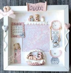 Cornici bebe Baby Presents, New Baby Gifts, Girl Baby Shower Decorations, Baby Decor, Baby Motiv, Baby Gift Hampers, Baby Frame, Baby Box, Creation Deco