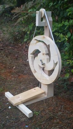 Dancing Dolphins Spindle Spinning Wheel. Perfect!