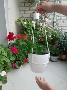 Hanging Plants Outdoor, Hanging Flower Pots, Indoor Plants, Hanging Plant Diy, Hanging Gardens, Pots For Plants, Plants In Kitchen, Plant Hanger Diy, Indoor Hanging Baskets
