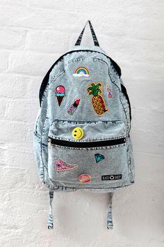 Denim Jeans Rucksack Shool Backpack witch Patches by Black Sheep. Denim Jeans Rucksack Shool Backpack witch Patches by Black Sheep. Girly Backpacks, Cute Mini Backpacks, Stylish Backpacks, Bags For Teens, Girls Bags, Denim Backpack, Backpack Bags, Black Handbags, Purses And Handbags