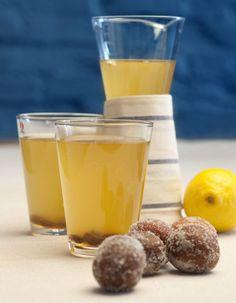 Nyt on aika valmistaa simaa - katso helppo ohje! Nutribullet, Deli, Pint Glass, Pudding, Tableware, Desserts, Food, Cheers, Kite
