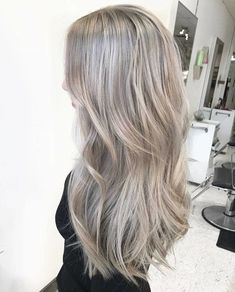 50 Ash Blonde Hair Color Ideas 2019 - Ash Blonde Hair Color Ideas Ash blonde is a shade of blonde that's slightly gray tinted with cool undertones. Today's article is all about these pretty 50 Ash Blonde Hair Color. Ashy Blonde Hair, Grey Blonde, Blonde Hair Looks, Silver Blonde, Blonde Color, Cool Ash Blonde, Ash Blonde Hair With Highlights, Cool Toned Blonde Hair, Silver Ash Hair