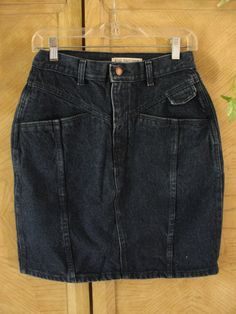 Vintage high waisted small medium size 29 denim Guess jean skirt 80s 90s 1980s…