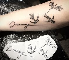 The most popular game of thrones tattoo ideas. Game of thrones tattoo designs for girlw. Dragon tattoo ideas and stark tattoos. Dragon Tattoo Wrist, Small Dragon Tattoos, Small Heart Tattoos, Wrist Tattoos For Guys, Dragon Tattoo Designs, Tattoo Designs For Girls, Doodle Tattoo, 1 Tattoo, Ankle Tattoo