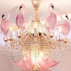 Oh my goodness, a pink flamingo chandelier. Flamingo Decor, Pink Flamingos, Flamingo Outfit, Flamingo Nursery, Flamingo Gifts, Pink Bird, Everything Pink, Home Interior, Hand Blown Glass