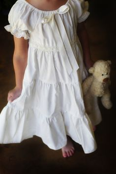 Girls White Flannel Night Gown and Night Cap Sizes and Nightgown for Doll