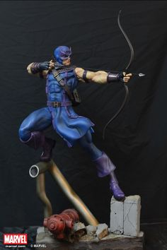 Hawkeye Scale Statue by XM Studios - Limited to 800 pieces Marvel Vs, Marvel Dc Comics, Marvel Heroes, Marvel Characters, Disney Marvel, Action Pose Reference, Action Poses, Anime Figures, Action Figures
