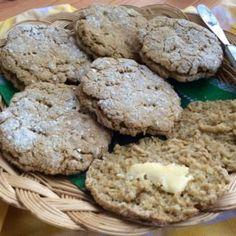 Kauraleipäset Salty Foods, Salty Snacks, Savoury Baking, Bread Baking, No Salt Recipes, Cooking Recipes, Meatless Recipes, Cooking Tips, Good Food