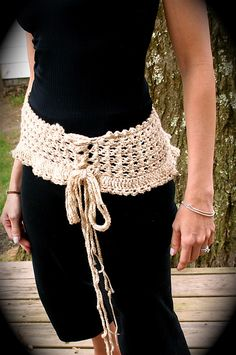 Ravelry: Ruffled Corset Belt pattern by Tricia Royal