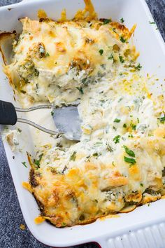 Spinach and Artichoke Baked Chicken Pollo al horno con espinacas y alcachofas Spinach Artichoke Chicken, Spinach Stuffed Chicken, Artichoke Dip, Spinach Soup, Cooking Recipes, Healthy Recipes, Cooking Ideas, Freezer Cooking, Freezer Meals
