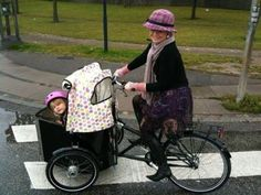 Nihola Family - from copenhagen in demark. Most Compact and safest threewheeler.