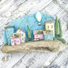 Wooden Crafts, Sea Crafts, Driftwood Art, House Painting, Wood Projects, My Arts, Arts And Crafts, Miniatures, Mini Houses