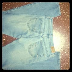 GLO light blue stretch denim These are a junior's size 3. Very good condition, no holes, rip or tears in material. Jennifer Lopez Jeans Straight Leg
