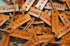 SHANNON LEAHY EVENTS: Chic Luggage Tag Wedding Favors - Use as table seating too!