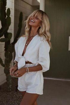 trendy: dicas de looks 'all white' para o réveillon – RG PRÓPRIO by Lu K. - trendy: dicas de looks 'all white' para o réveillon – RG PRÓPRIO by Lu K! White Summer Outfits, All White Outfit, Casual Summer, Comfy Casual, White Casual, Classic White, Looks Total White, Look Con Short, Trendy Outfits