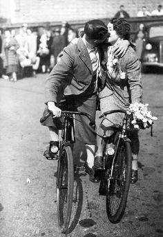 Bicycle kiss, 1930s.