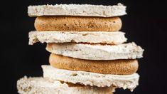 Křupavé laskonky jako z cukrárny - Proženy Krispie Treats, Rice Krispies, Cookie Box, Bread, Cookies, Sweet, Food, Christmas, Crack Crackers