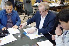 글로벌 해외진출 관련 2차 회의를 하였습니다. 전략적으로 진출할 내용을 리스트업하고 협의을 도출해 디테일한 계획이 나왔습니다. 참여자 : 트라이그람스코리아 강찬고대표, 보스틱 장동열대표, Paul Lambert, 이승우PL 앞으로의 해외사업 비즈니스에 행보가 기대됩니다:) #글로벌해외진출 #우고스 #트라이그람스코리아 #해외사업