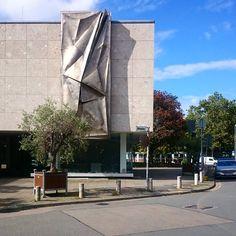 Galerie Kubus, Hanover 📷 #hanover #architecture
