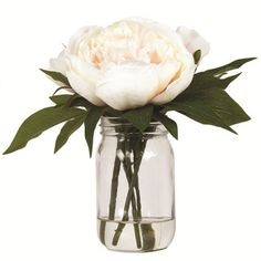 Our delicately crafted artificial flowers come in a variety of colours & sizes.