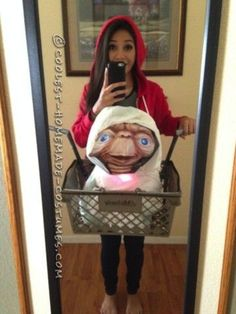 """While this person donned a red hoodie and a grocery basket for the perfect """"E.T."""" costume."""