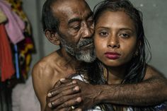 Heartbreaking photos show what it's like living in a walled city of a brothel - Photographer Sandra Hoyn visits the Kandapara brothel in Bangladesh. Photography Contests, World Photography, Photography Awards, Life Is Like, What Is Life About, What Is Like, Louisiana, Walled City, Contemporary Photography