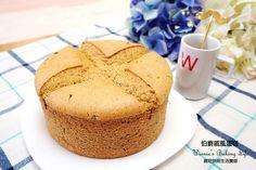 伯爵戚風蛋糕 (燙麵法)蛋黃糊 (成品為6吋) 低筋麵粉 55g 伯爵茶包 2包 植物油 24g 熱水 45g 蛋黃 3個 蛋白霜 蛋白 3個 細砂糖 45g