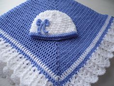 Baby Blanket with a Petite Bow Hat to Match in colours by Aalexi