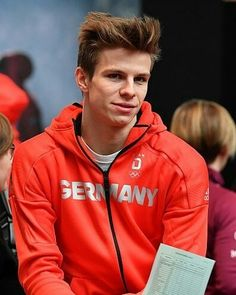 Andreas Wellinger, Ski Jumping, Jumpers, Skiing, Hooded Jacket, Crushes, Rain Jacket, Babe, Windbreaker