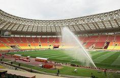 Se incendia estadio de la inauguración de Rusia 2018 -  El estadio olímpico Luzhniki en Moscú se incendió mientras se realizaban las obras de refacción con afortunadamente ningún herido. Las autoridad...
