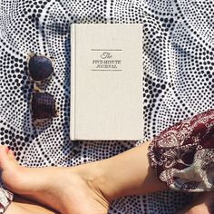 Blissful sunny days with the #fiveminutejournal ☀️ Photo by @shosh_bbg | What do your moments look like? Tag us for a chance to be featured.