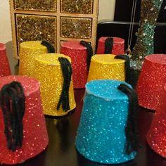 Tarboush for ramadan Ramadan Activities, Ramadan Crafts, Ramadan Decorations, Cute Kids Crafts, Preschool Crafts, Decor Crafts, Diy And Crafts, Paper Crafts, Elementary Library Decorations