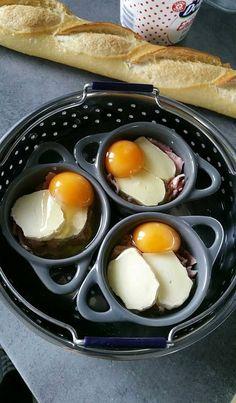 Les oeufs cocottes au cookeo c'est toujours un régal et surtout il y a tellement de variante qu'on ne s'en lasse jamais.