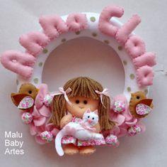 ENFEITE  PORTA  MATERNIDADE MENINA GATI | MALU BABY ARTES | 39961D - Elo7
