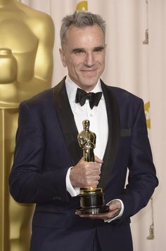 History in the making: Daniel Day Lewis, Oscars 2013 - 3 Oscars in leading roles! All well deserved!