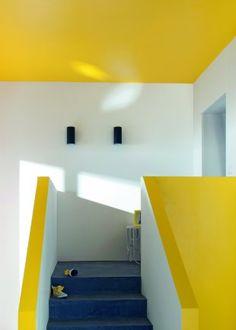 Comment associer la couleur jaune en d co d 39 int rieur - Peinture escalier castorama ...